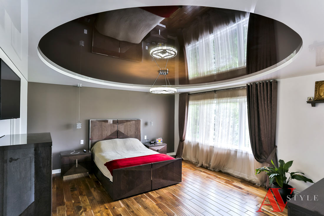 этими натяжные потолки двух цветов для спальни фото слоев